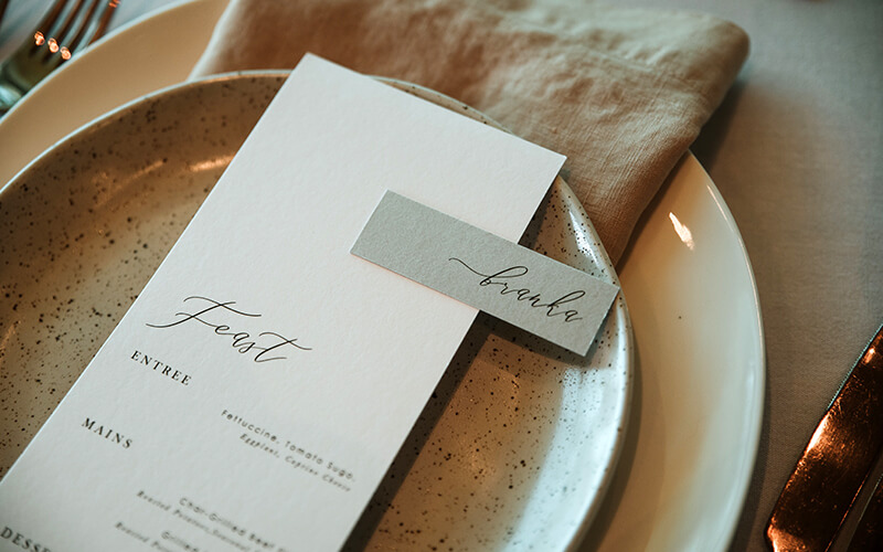 sbp-freo- wedding menu with guest names tag - modern style menus - lala design